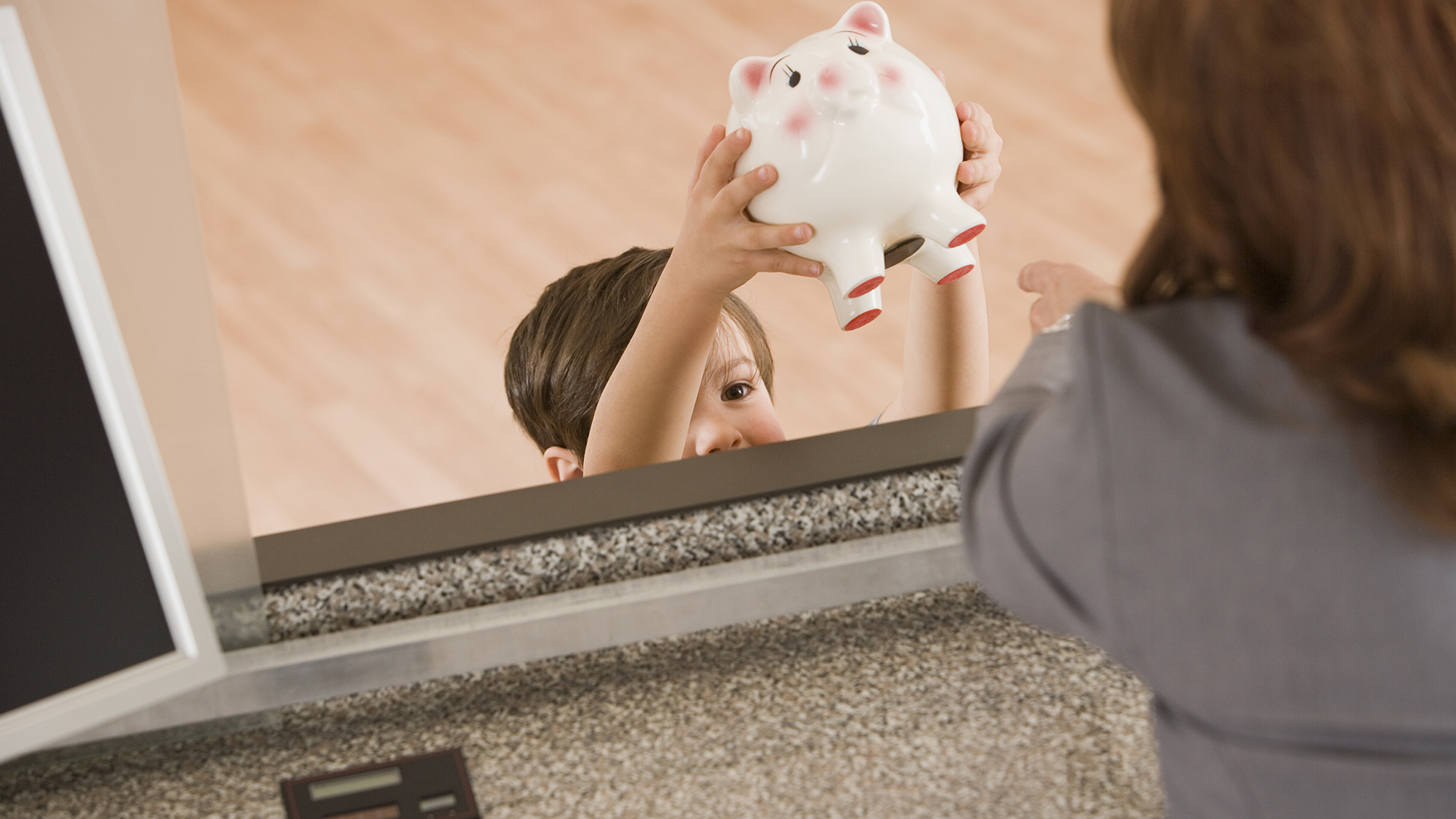 Why credit unions are the best way to introduce your kids to banking